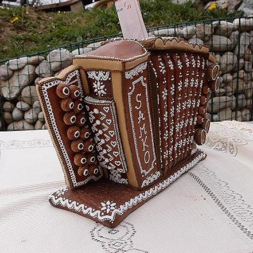 heligónka - pokladnička bočná strana 2